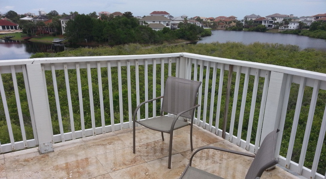 crows-nest-deck-destin-beach-house-rentals